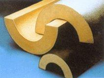 «Скорлупы» из жесткого пенополиуретана  являются эффективным средством для теплоизоляции трубопроводов.